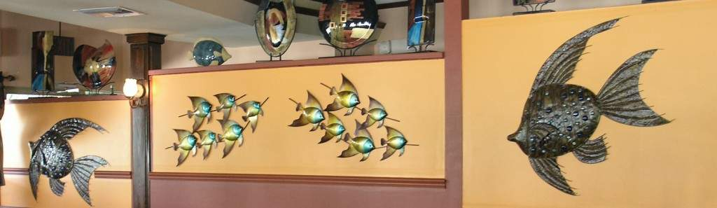 The fish and other decorations in the dining room